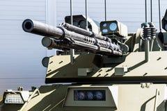Amostras de armas modernas e de armamentos em mil. internacional imagens de stock royalty free