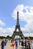 Amour à Paris - Tour Eiffel Image stock