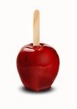 Amour Apple Pomme rouge croquante caramélisée à l'arrière-plan blanc Image stock
