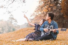 amour asiatique de couples Photographie stock