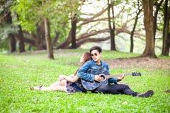 amour asiatique de couples Photos libres de droits