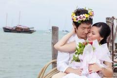 Amour attrayant de couples dans un moment Images stock