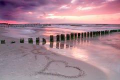 Amour au coucher du soleil. Photographie stock libre de droits
