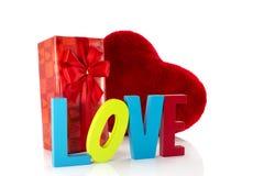 Amour avec le présent et la forme de coeur Photo stock