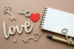 Amour, coeur et beaucoup de carte de clés avec l'espace de copie Images libres de droits