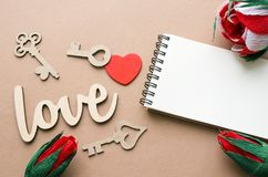 Amour, coeur et beaucoup de carte de clés avec l'espace de copie Images stock