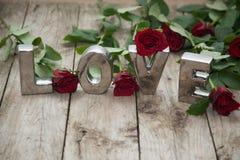 Amour défini avec des roses Photo libre de droits