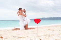 Amour d'été sur la plage Photos stock