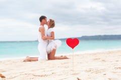 Amour d'été sur la plage Photographie stock