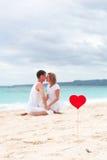 Amour d'été sur la plage Photographie stock libre de droits