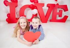 Amour d'enfants Photographie stock libre de droits
