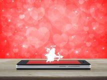 Amour d'Internet en ligne, concept de jour de valentines Images libres de droits