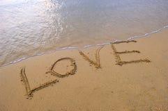 Amour dans le sable Image stock