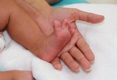 Amour de bébé nouveau-né Photo libre de droits