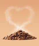 Amour de café avec le chemin de coupure Photographie stock libre de droits