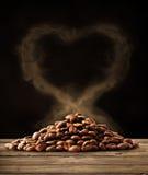 Amour de café avec le chemin de coupure Image libre de droits