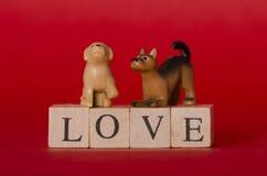 Amour de chiots de jouet Images stock