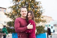 Amour de chutes de neige d'hiver Photographie stock libre de droits