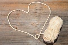 Amour de coeur de laine Photos stock