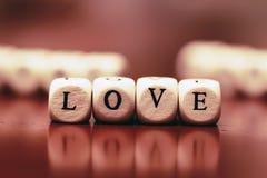 Amour de cube en textes Photos libres de droits