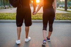 Amour de date de sportif extérieur ensemble Photo stock