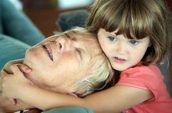 Amour de grand-mère Image libre de droits