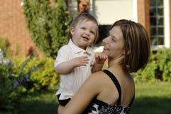 Amour de mère et de fils Image stock