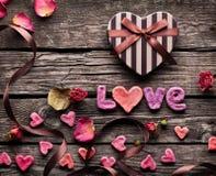Amour de Word avec le boîte-cadeau de jour de valentines Photo libre de droits