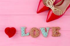 Amour de Word des biscuits cuits au four Images stock