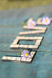 Amour de Word des dominos en bois Image libre de droits