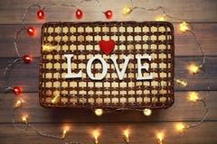 Amour de Word des lettres en bois sur le fond Photos libres de droits