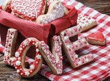 Amour de Word pour faire des biscuits cuire au four Photo stock