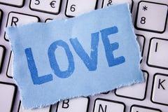 Amour des textes d'écriture de Word Concept d'affaires pour des relations sexuelles romantiques d'attachement d'affection profond Images libres de droits