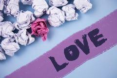 Amour des textes d'écriture de Word E Photos libres de droits