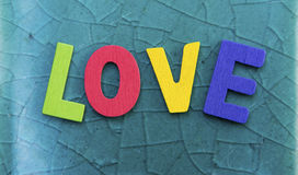Amour en bois coloré Images libres de droits