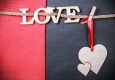 Amour en bois découpé de lettres Photographie stock libre de droits