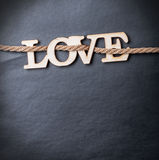 Amour en bois découpé de lettres Images stock
