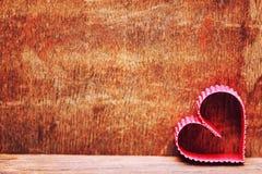 Amour en bois de forme de coeur de fond Image stock