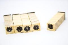 Amour en bois rustique U de charme de lettres Image stock