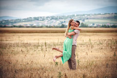 Amour et affection entre un couple Images stock