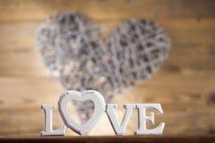 Amour et coeur en bois de lettres Photo libre de droits