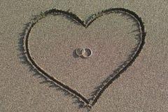 Amour et mariage sur la plage Photo stock