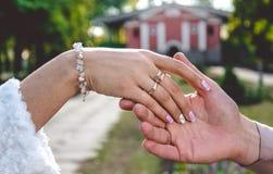 Amour et romance Toucher doux Images stock
