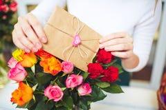 Amour et roses Photographie stock libre de droits