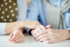 Amour et soin dans les relations Image libre de droits