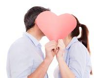 Amour extérieur de l'hiver de couples Images stock