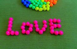 Amour fait à partir de la boule en plastique Images libres de droits