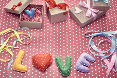 Amour, jour de valentines Points de polka de Word, coeur, ruban Photo libre de droits