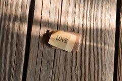 Amour Letterin sur une table en bois Photographie stock