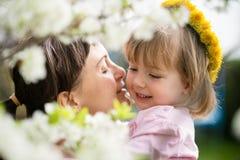 Amour - mère avec l'enfant Photos stock